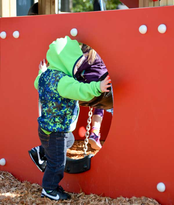 Pretend play equipment for toddler parks