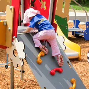 Climbing equipment for daycare center