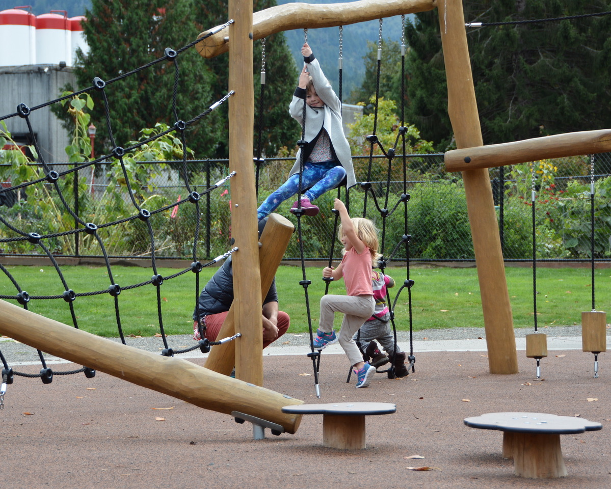 Confluence Park Rope Climbers