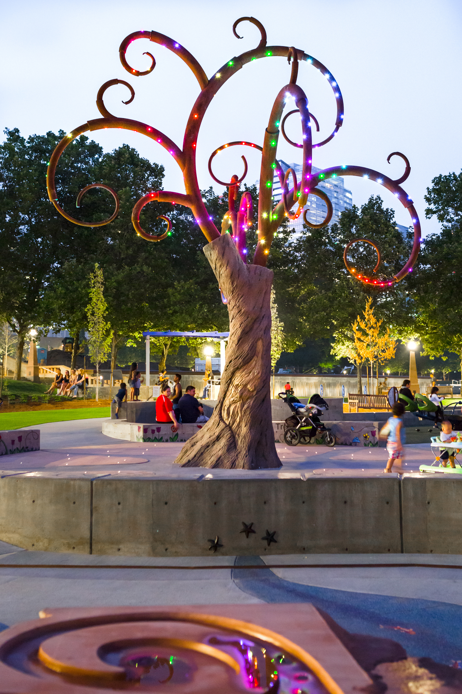 tree sculpture bellevue playground