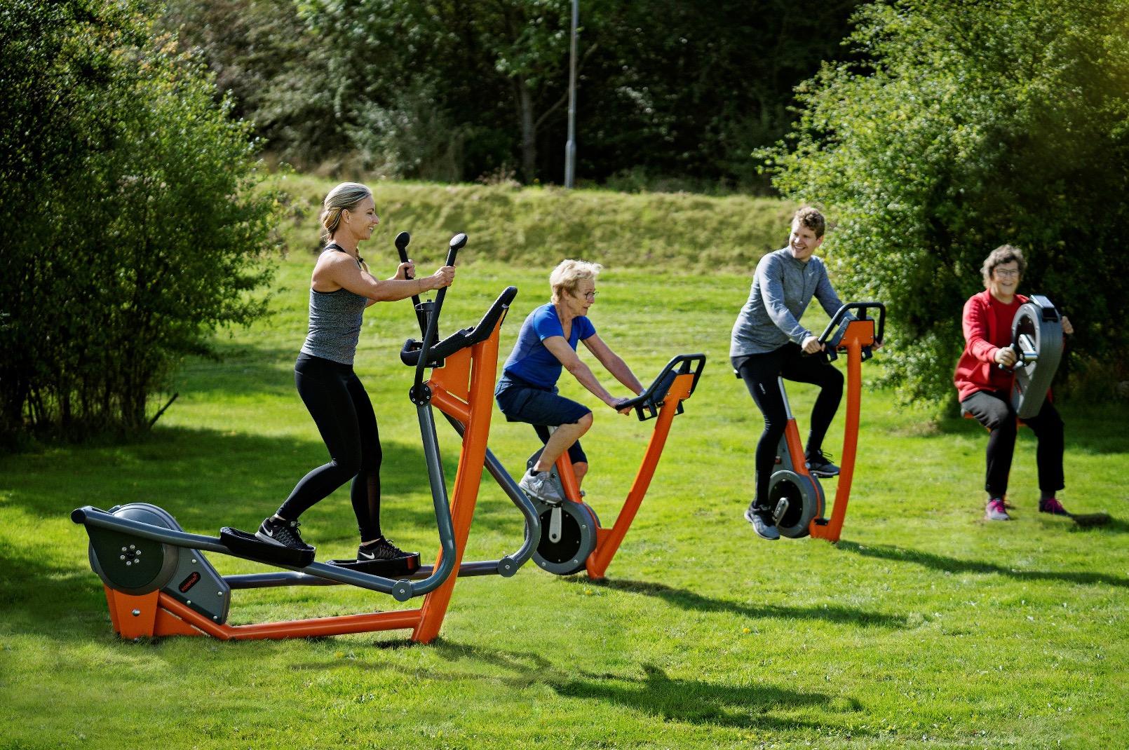 KOMPAN Fitness Equipment for Adults